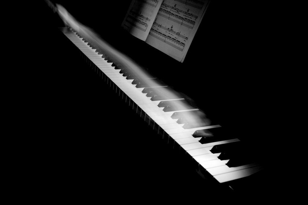sťahovanie a preprava klavírov